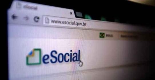 Imagem da notícia: Empresas tem dificuldades de enviar os eventos não periódicos para o eSocial