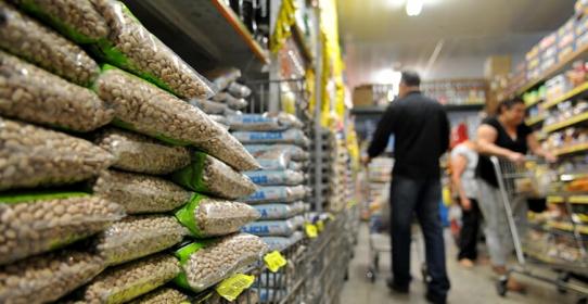 Imagem da notícia: Inflação: entenda se algum setor pode se beneficiar e quem pode sair prejudicado