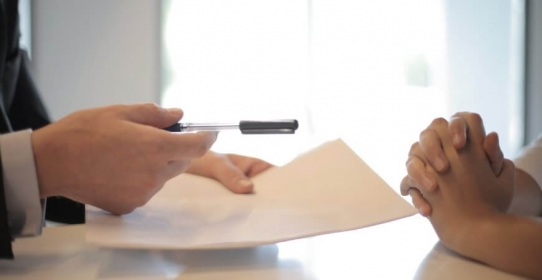Imagem da notícia: Governo sanciona MP que dispensa documentos para concessão de empréstimos